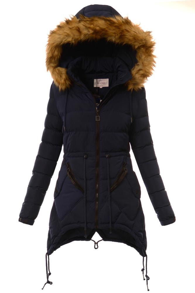 Kurtki jesienne i wiosenne damskie Kurtki towarzyszą nam w zasadzie przez cały rok i w związku z tym są kluczowym elementem garderoby każdej kobiety. Korzystamy z nich nie tylko zimą, kiedy dbają przede wszystkim o nasz komfort i ciepło.
