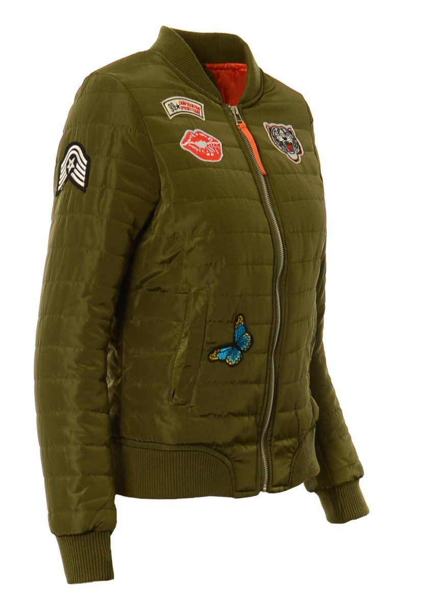jesienne kurtki bomberki młodzieżowe