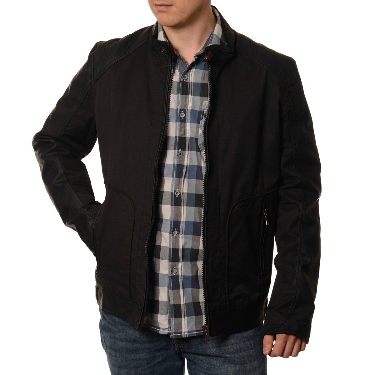Długa kurtka ma pięć kieszeni – dwie na piersiach, dwie wszyte po bokach oraz pojedynczą na rękawie. Jest to dobry wybór na co dzień, a także na spotkania towarzyskie. Kolor khaki wkomponować można w rozmaite, nieoficjalne stylizacje.